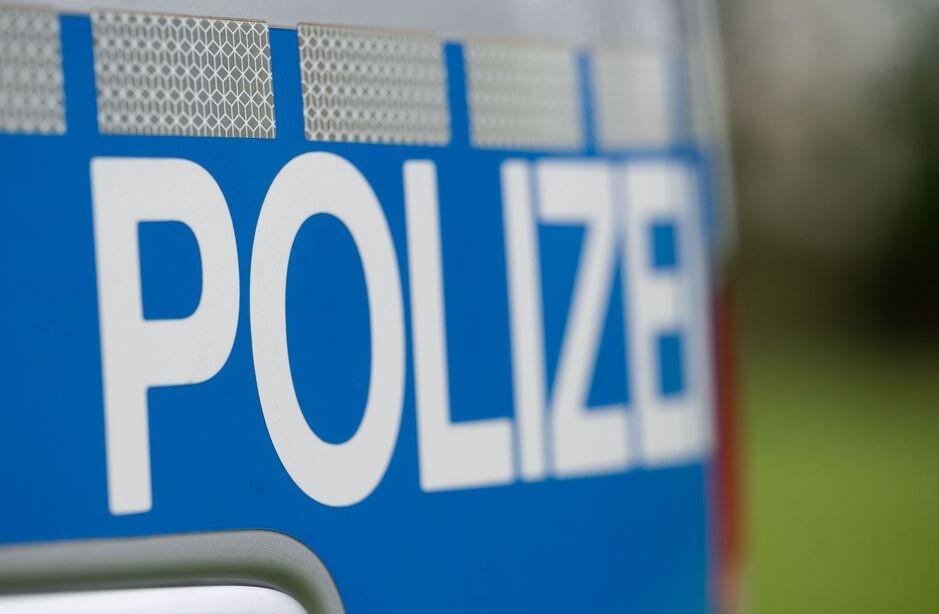 Waffe; Mann; Pistole, © infranken.de